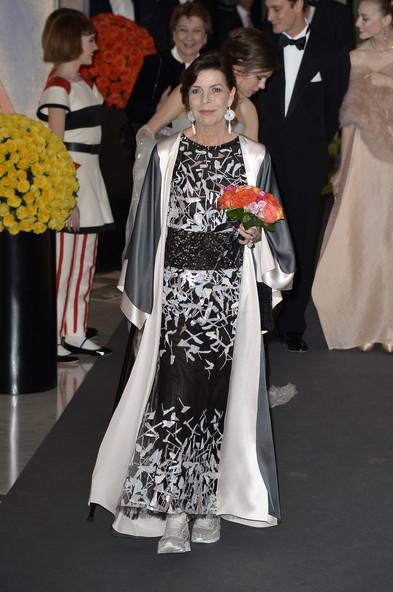 Caroline de Hanovre était habillée d'une robe de soirée chic Kimono
