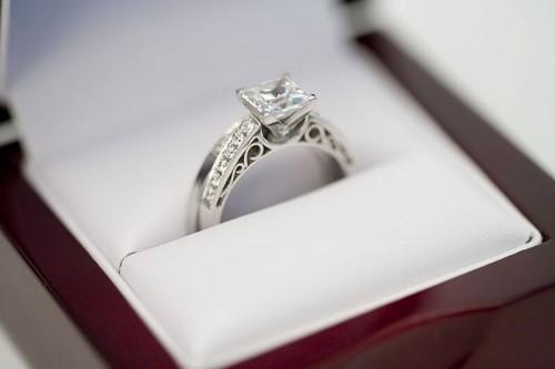belle qualité choisir le plus récent belle qualité Focus sur les plus belles bagues de fiançailles des peoples ...