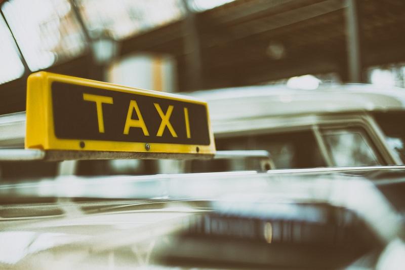 un taxi conventionn cpam quand y faire appel. Black Bedroom Furniture Sets. Home Design Ideas